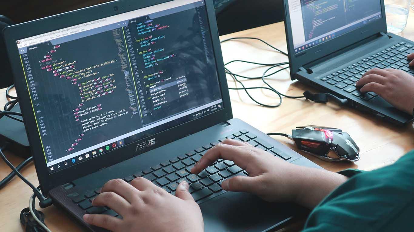 belajar coding programming website fullstack dari nol sampai mahir